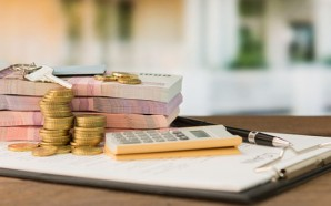 Pros and Cons of Taking Out an Installment Loan
